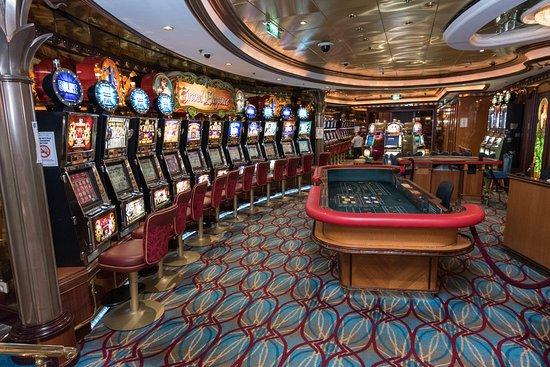 Brilliance of the Seas casino