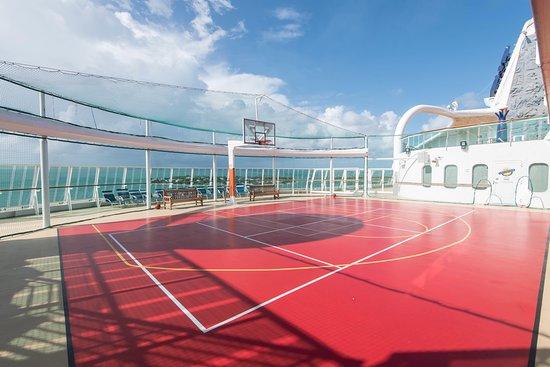 Brilliance of the Seas deck