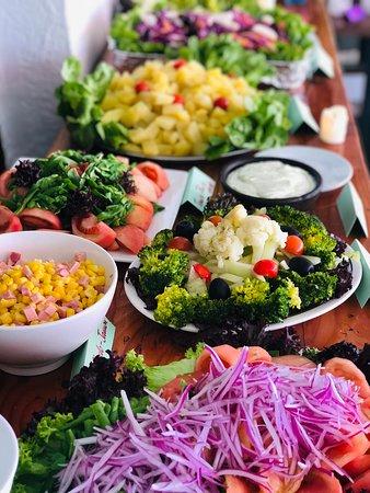La Bodeguita de Fernando : buffet de ensaladas todos los sabados