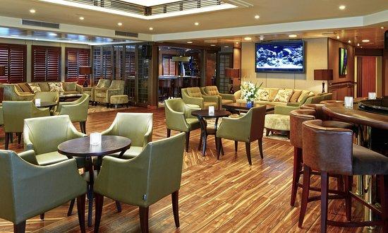 Star Breeze Lounge