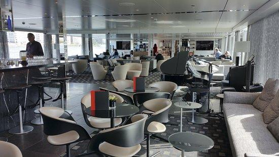 Scenic Opal Lounge