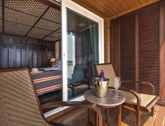 Anawrahta Deluxe Stateroom