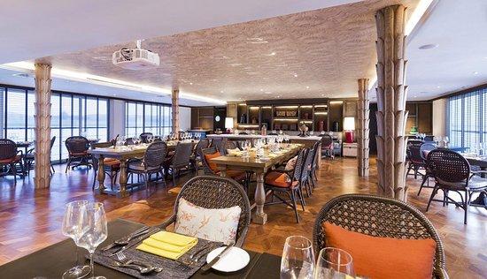 Strand Cruise Restaurant