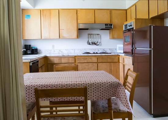 Dreamer's Lodge: Kitchen Suite with 2 bedrooms, kitchen and living room.
