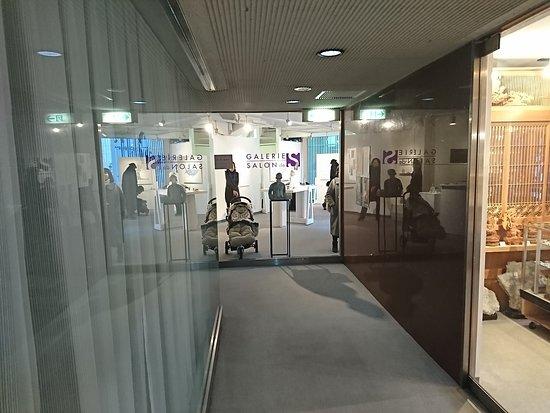 Galerie Salon-De-Es