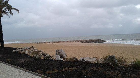 Praia da Quarteira: Another view of Praia da Quarteria