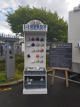 Cup Library at the Otago Farmers Market - you can borrow, use and return cups here.
