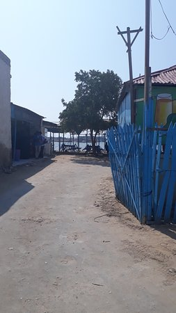 Berbera, Somalia: the restaurant entry gate