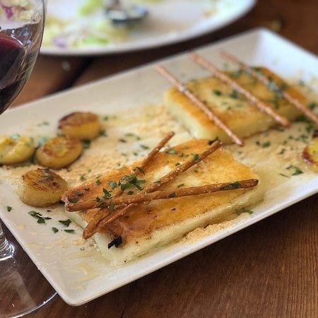 La Dorotea: Excelente queso frito de Pajonales con miel de Tejeda y gofio 🤩🤩