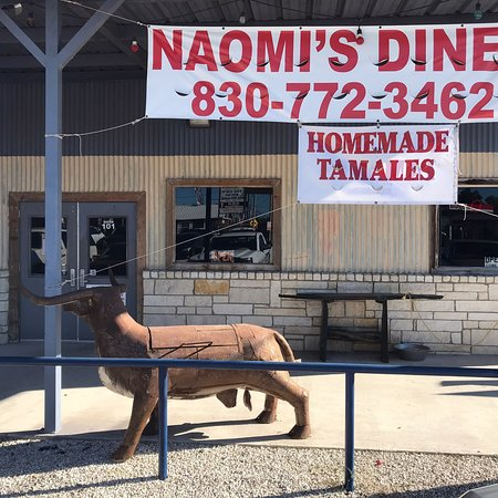 Lytle, TX: Naomi's Diner
