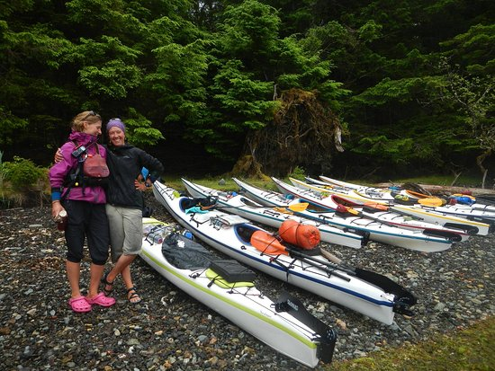 Sandspit, Kanada: Abbey and I with our fabulous fleet.