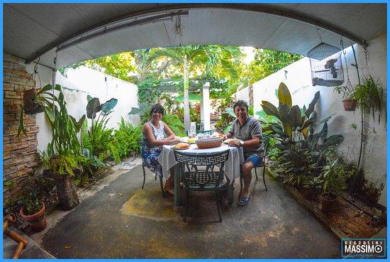 veranda per colazione pranzo e cena