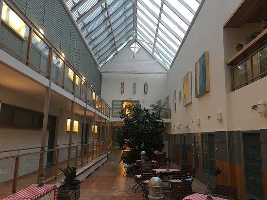 Anttola, Suomi: Salone