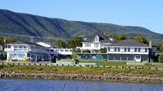 Carleton-sur-Mer, Canada : Bel endroit pour se reposer. Recevez des soins de thalassothérapie pour une belle remise en forme.