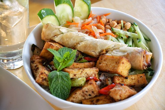 Uncle Nam's: Bowl of goodness...