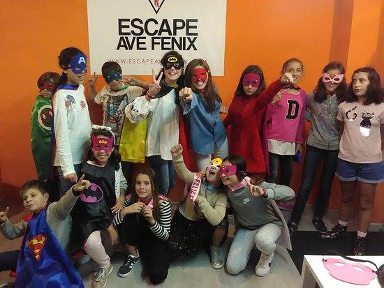 Escape Ave Fenix : Otro equipazo que ha venido a celebrar el cumpleaños con nosotros.