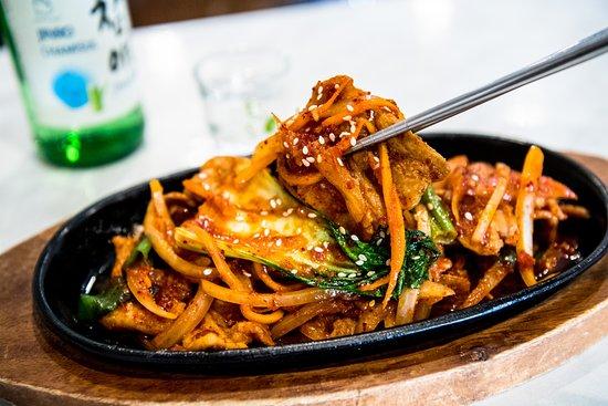 Poppo Korean & Japanese Restaurant : Jaeyuk Pokkum(Pork,chicken,Tofu)