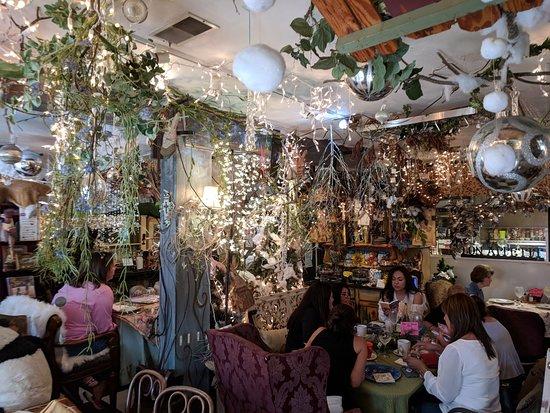 Sugar Hill Bakery & Cafe: Interesting & Unique!