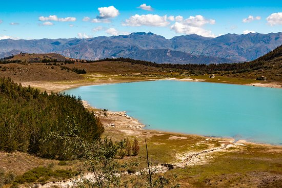 Yungay, Перу: Laguna Keushu looking toward Cordillera Negra