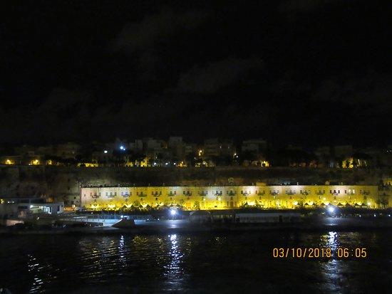 Valletta Waterfront: Arrivée à La Valette.