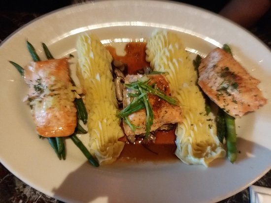 Grand Lux Cafe : Salmon three ways (with potato)