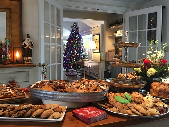 Ptown Hotels Christmas 2020 Christmas for Holly Folly   Picture of Carpe Diem Guesthouse & Spa