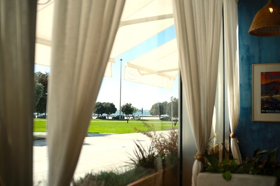 A view to the beach from our couch! Never miss a wave