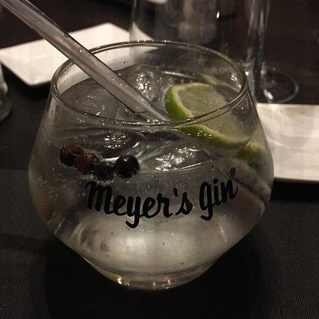 Kluisbergen-Ruien, Belgium: Dit restaurant heeft een ruime keuze aan lekkere gin's