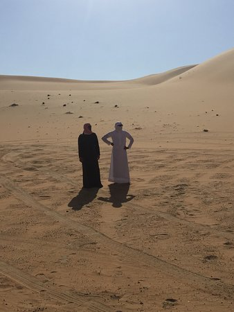 The guides in the middle of the desert