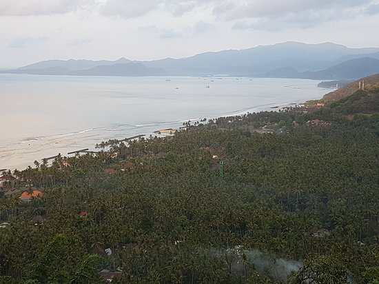 Bugbug, Indonesia: Candidasa Beach Resorts and Bay area from Gumang Hill