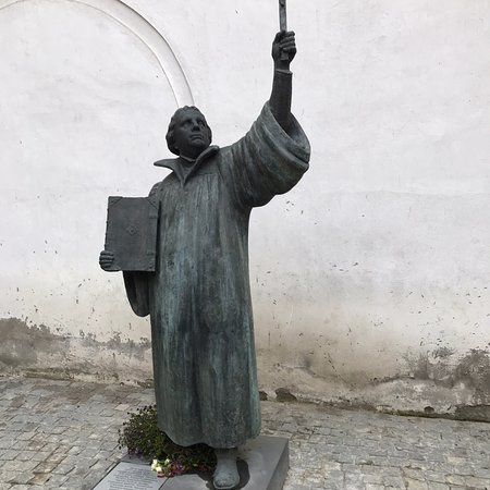 Evangelical Lutheran Church (Evangeliku Liuteronu Baznycia): Hidden in the courtyard