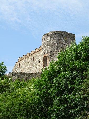 Château de Devín : Devlin Castle from Below