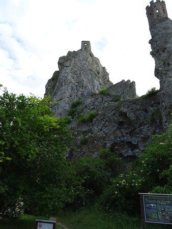 Château de Devín : Castle Views