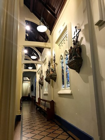 Saint Mary of the Angels: The corridors