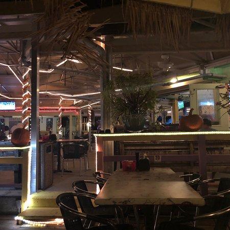 White Elephant Pub, Englewood - Restaurant Reviews, Phone ...