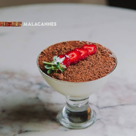 Malacannes 145 ...is the restaurant in the center of Baku near the Molocan garden. Restaurant in the format of lounge with European kitchen, with extraordinary interior, with traditional tea set to your discretion for 24 hours in a day. We promise to you that cocktail bar is the best cocktail bar in Baku. Valet parking is guaranteed.