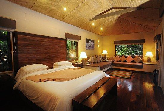 Bajos del Toro, Κόστα Ρίκα: Suite