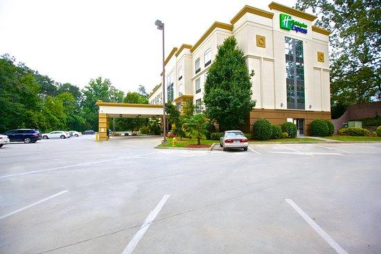 Brookhaven, Gürcistan: Exterior