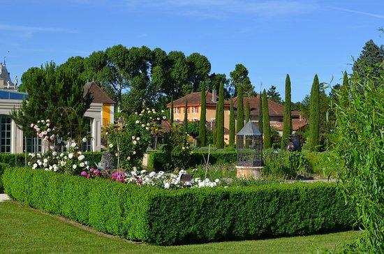 Georges Blanc Parc & Spa : Exterior