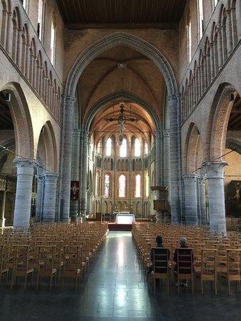 Onze-lieve-vrouw-bezoekingkerk