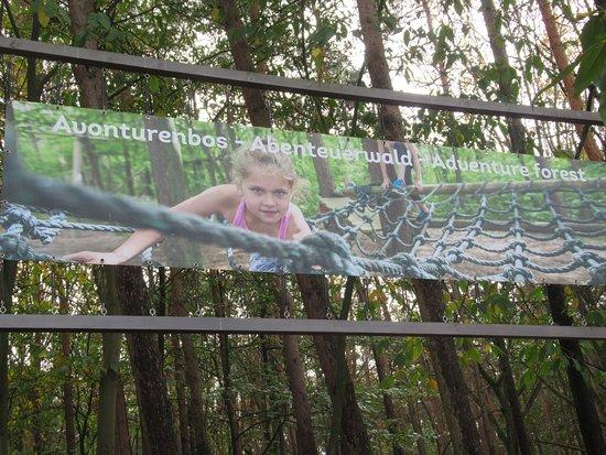 Zutendaal, Belgia: Dit is de ingang van het Avonturenbos.