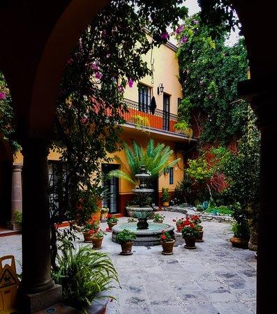 Antigua Capilla Bed and Breakfast Photo
