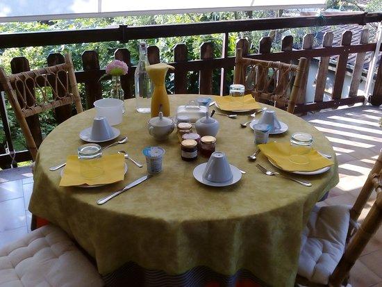 Casa Irene: Colazione in terrazza