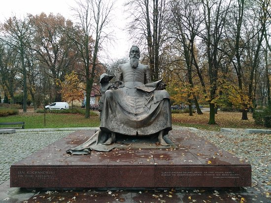 Pomnik Jana Kochanowskiego