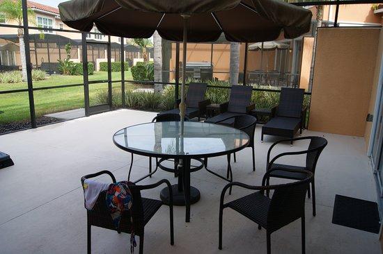 Regal Oaks - The Official CLC World Resort: Terrace