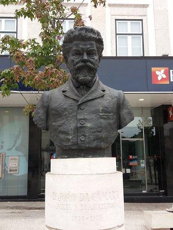Estatua Dom Joao da Camara