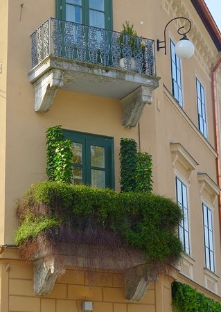 What a balcony!