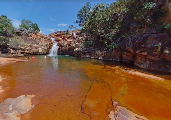 Uiramuta, RR: Uma bela cachoeira, local bacana para descansar, só tem que se cuidar padras escorregadias.