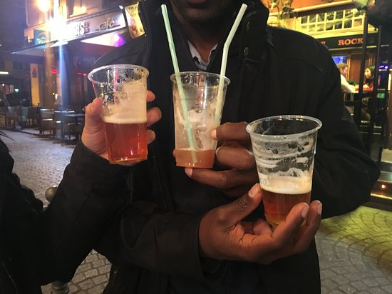 Le Hide Out: Drinks in plastic glasses