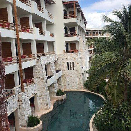 Gran hotel, tranquilo y con servicio excelente